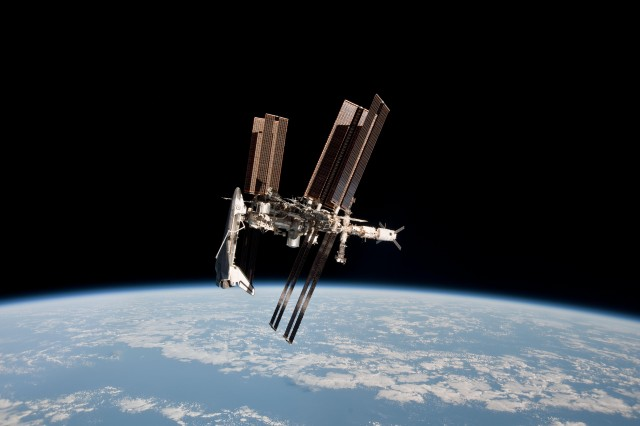 shuttle and iss